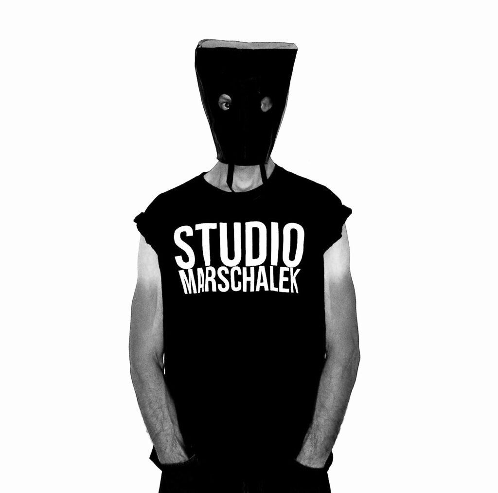 NEDE_Konsumselfie_Studiomarschalek